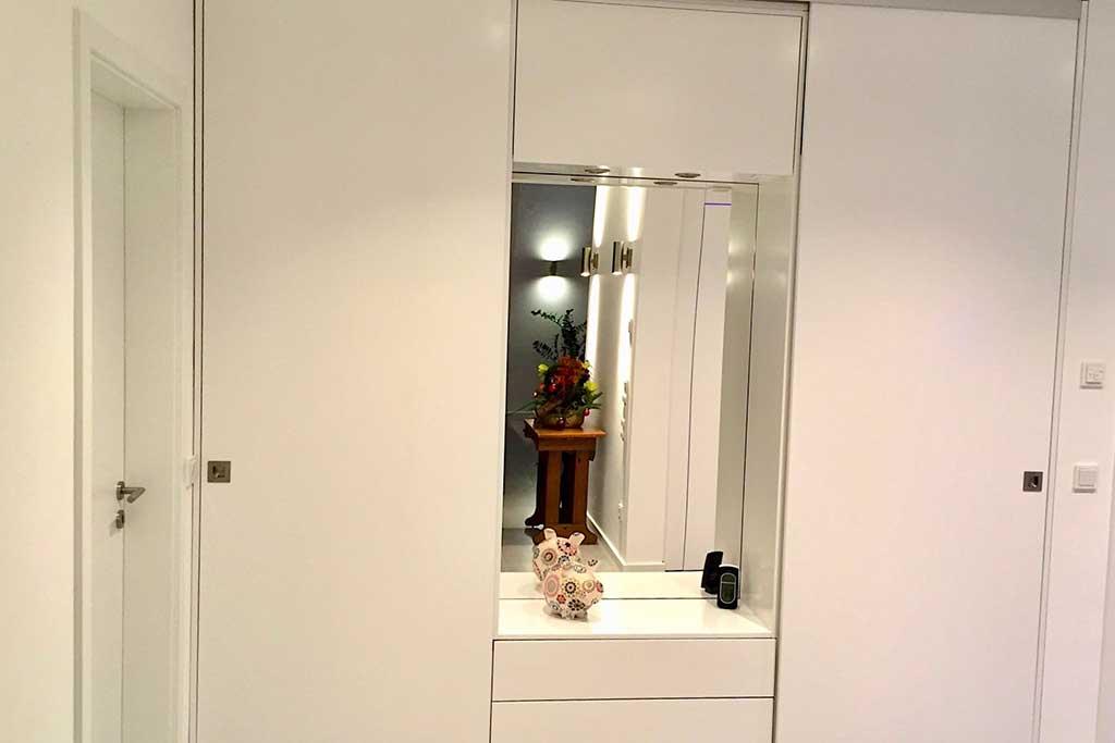 spiegelschrank von thorsten mettmann